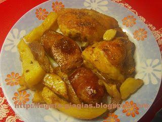 Τα φαγητά της γιαγιάς: Κοτόπουλο με λουκάνικα στη γάστρα