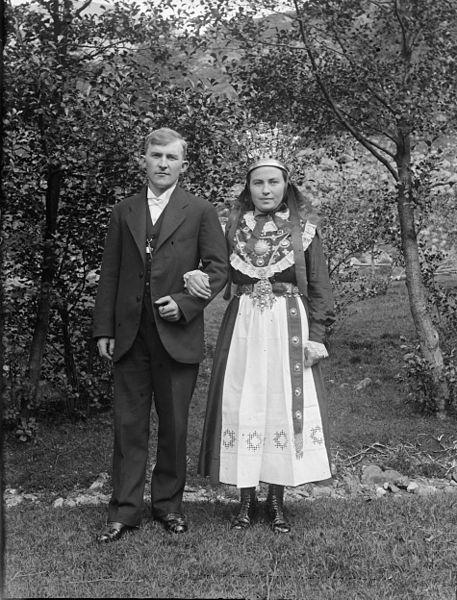 Paul Stang Bride and groom, Norway (bunad)
