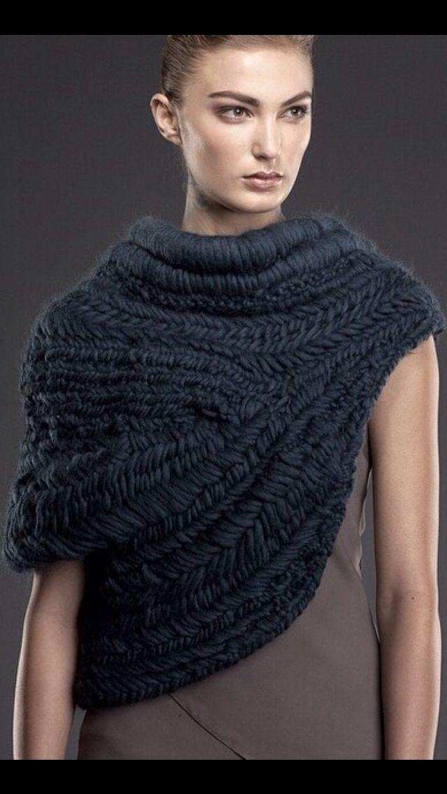 Katniss Everdeen Cowl Knitting Pattern : Maria Dora Look Book Katniss cowl Pinterest Katniss everdeen, Look book...