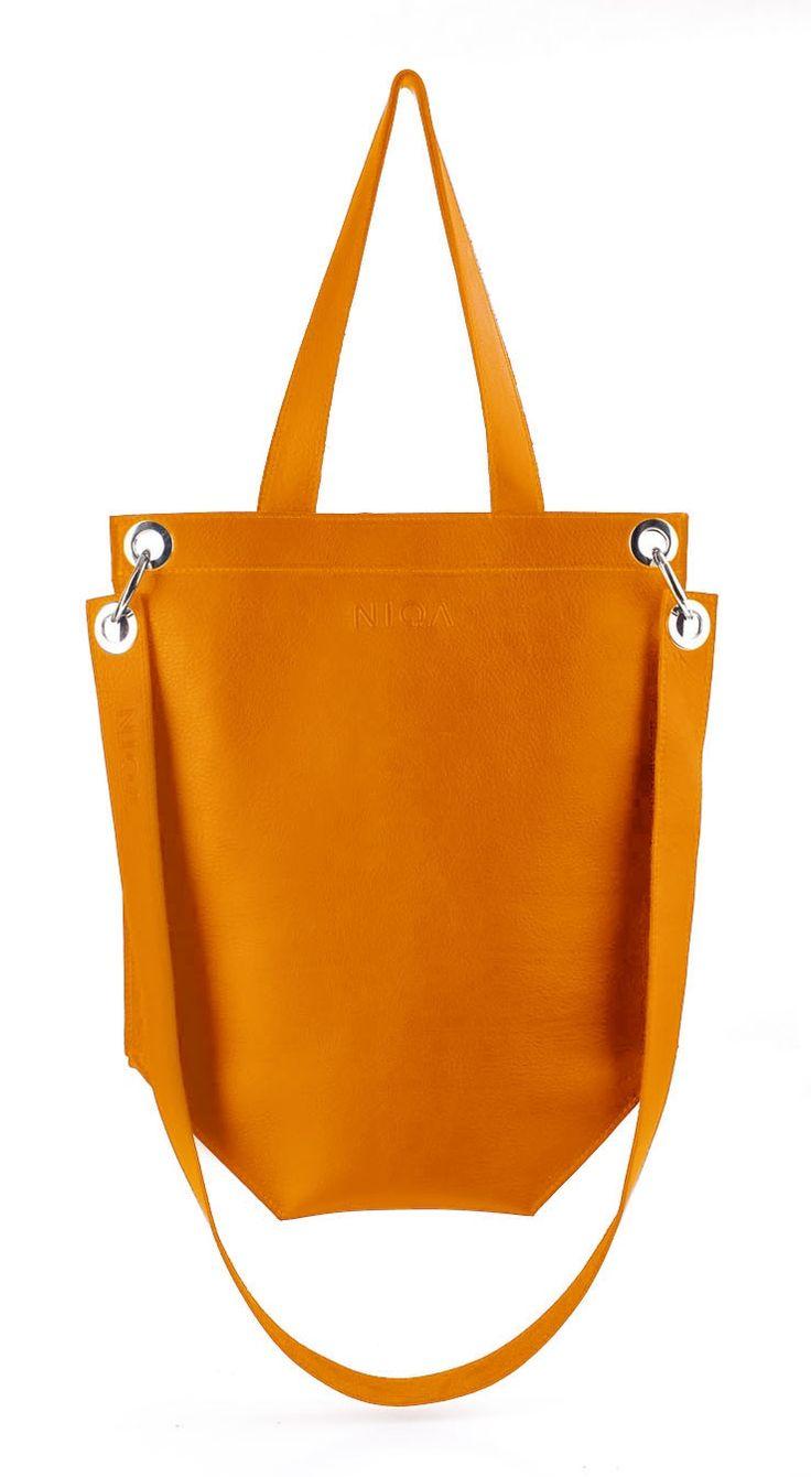 Torba Summer Collection; Projektant: Niqa; Wartość: 490 zł; Poczucie bezpieczeństwa: bezcenne. Powyższy materiał nie stanowi oferty handlowej