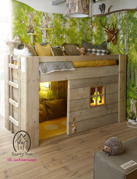 Love the look of this room, it screams outdoors, warmth, and comfort.  Great for boys and girls bedrooms.