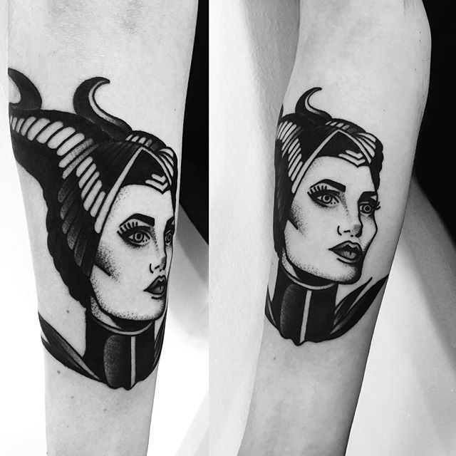Blackwork Maleficent tattoo done by Macarena Sepùlveda in Santiago, Chile.