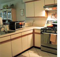 Home Dzine   Reface Kitchen Cabinets