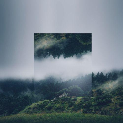 巨大な鏡のようなアイディア。 山に住む神聖な精神性を象徴するよう。