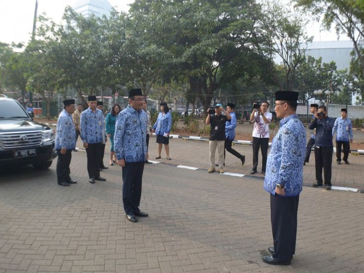 Wakil Gubernur DKI Jakarta, Djarot Saiful Hidayat tiba di lokasi upacara