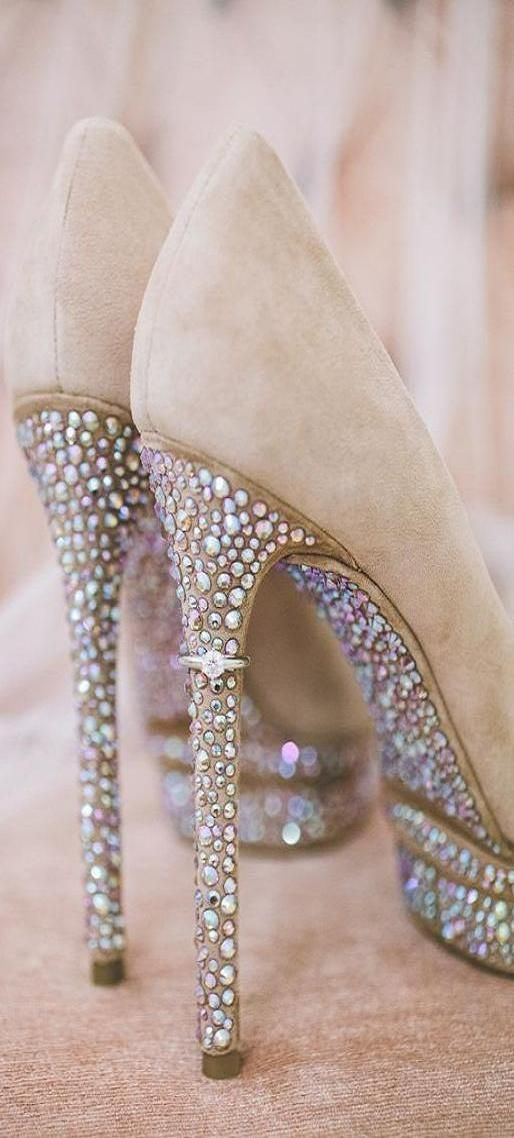 High hee3l pumps - Things that sparkle ♥✤ | KeepSmiling | BeStayClassy