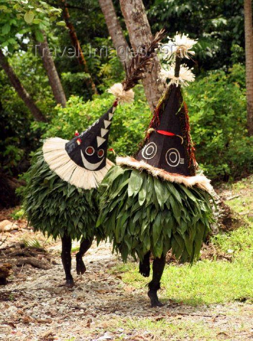 Papua New Guinea - New Ireland island: secret duk-duk ceremony - Tolai people - photo by Rod Eime (c)