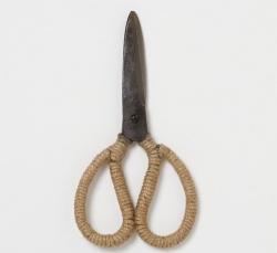 Jute Wrapped Garden Scissors : Remodelista