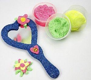 Idee 1 - Handspiegel versieren met Foam Clay