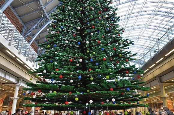 Lego tree = awesome: 33 Foot Tall, Pancras Station, Lego Christmas, London, Tall Lego, Christmas Trees