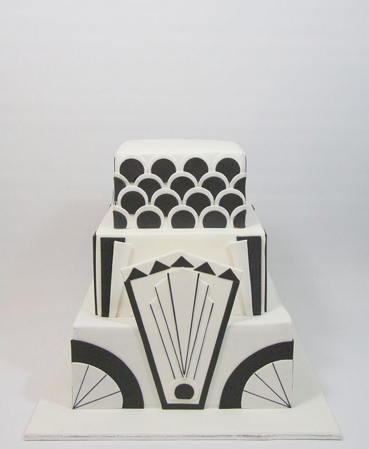 Art deco cake- black and white; I absolutely love this!
