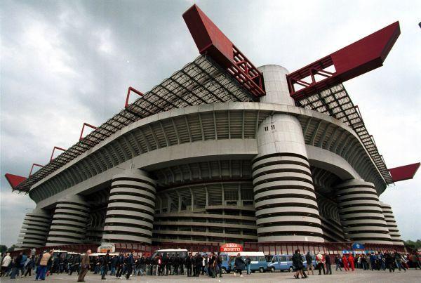 Stadio Giuseppe Meazza - Milano 9 FRIGGIN DAYS!