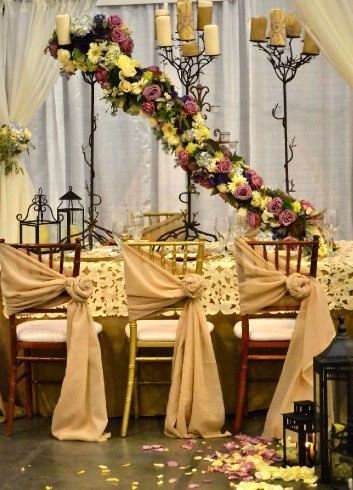 26 best images about chairs covers on pinterest wedding wedding chairs and bride groom. Black Bedroom Furniture Sets. Home Design Ideas
