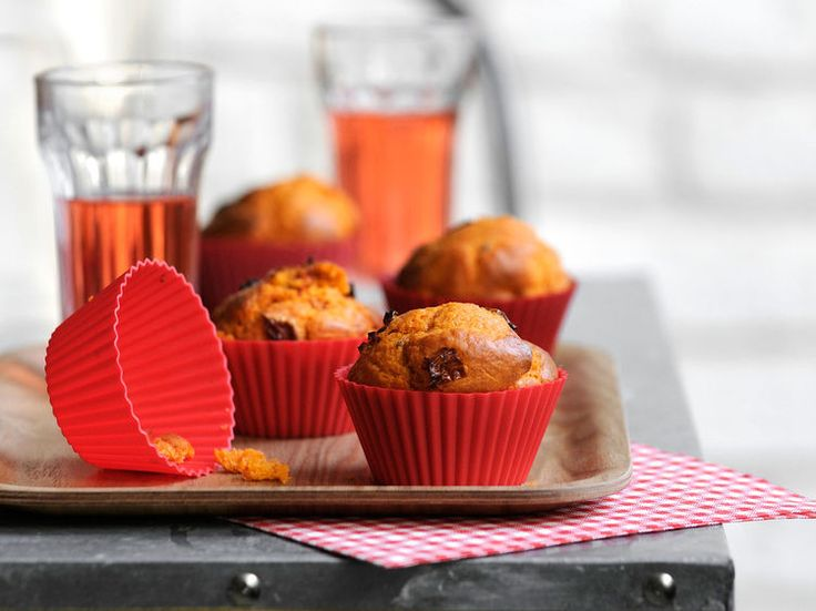 Découvrez la recette Muffin façon pizza sur cuisineactuelle.fr.