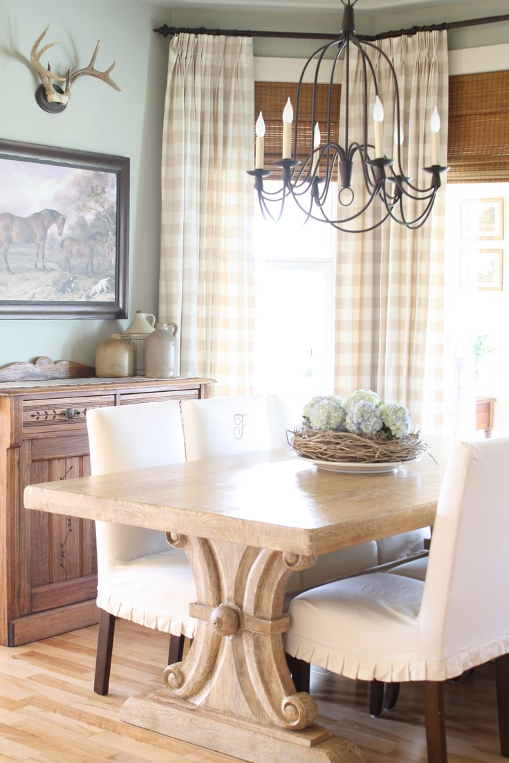 Canadian Cottage Holly Mathis Interiors Farmhouse