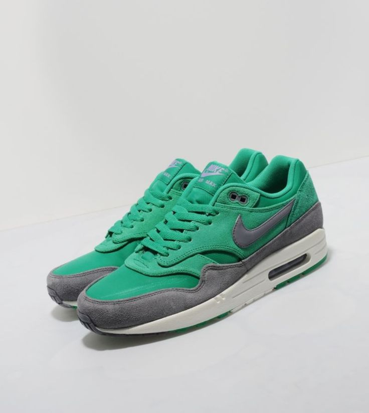 Nike Air Max 1 - find out more on our site. Find the freshest in trainers  and clothing online now.