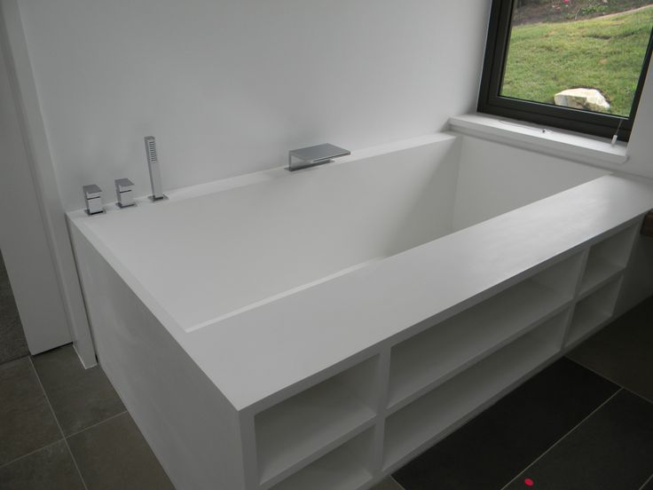 Crystallite custom bath with shelves