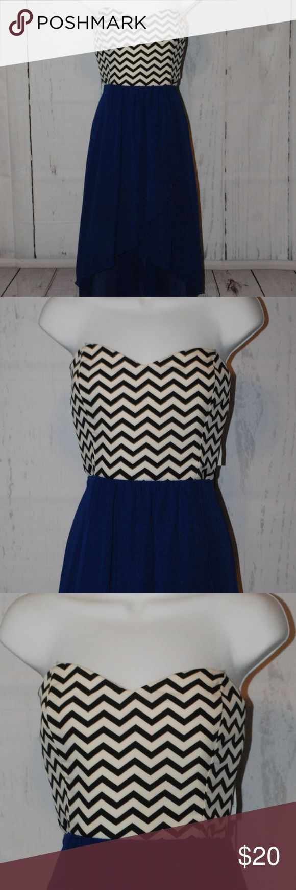 Black White Royal Blue Chevron high low dress XL Black White Royal Blue Chevron high low dress XL Brand new with tags Purchased from sears Adorable style Beautiful bright blue color Dresses High Low