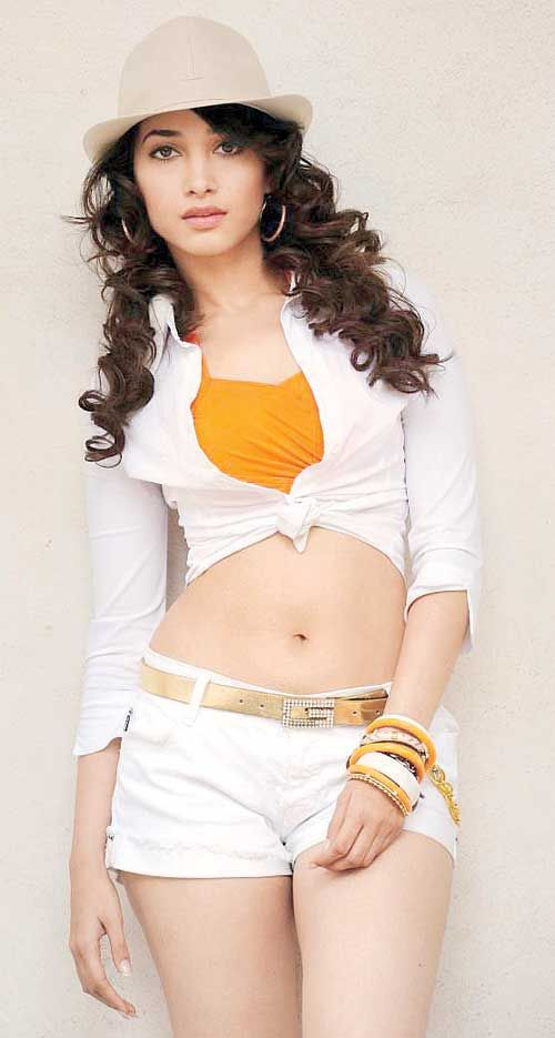 Tamannaah Bhatia #Bollywood #Fashion #Navel