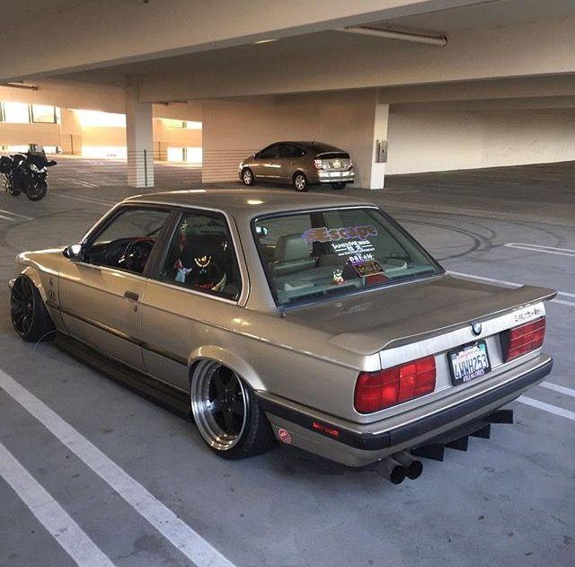 #BMW_E30 #Modified #Slammed #Stance