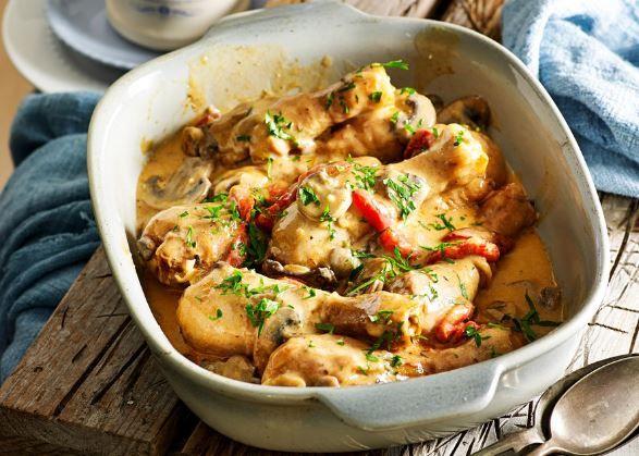 Κοτόπουλο+Στρογκανόφ