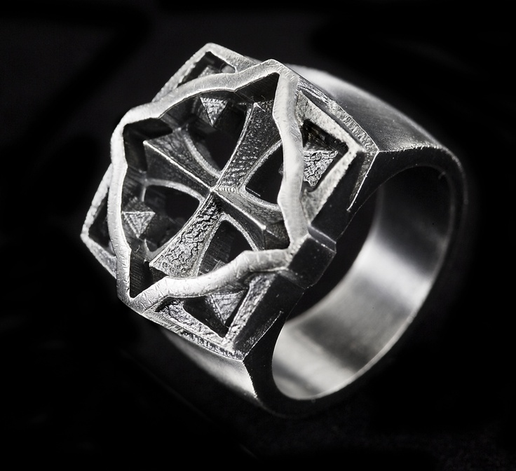 Eelis Aleksi for Lumoava ~Warrior silver ring | NordicJewel.com