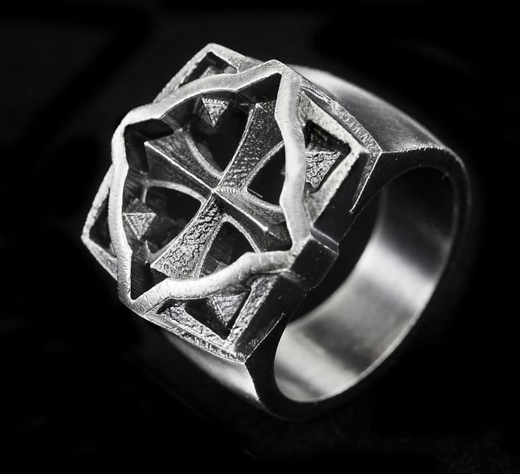 Eelis Aleksi for Lumoava ~Warrior silver ring   NordicJewel.com