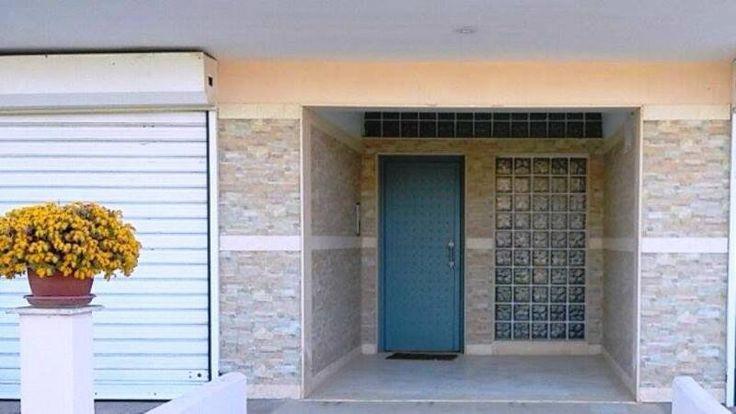Preisgünstige Erdgeschoss Wohnung mit 75 qm in Nea Moudania Chalkidiki  Details zum #Immobilienangebot unter https://www.immobilienanzeigen24.com/griechenland/66037-nea-moudania-chalkidiki/Erdgeschoss-kaufen/23991:-1431936877:0:mr2.html  #Immobilien #Immobilienportal #NeaMoudaniaChalkidiki #Wohnung #Erdgeschoss #Griechenland