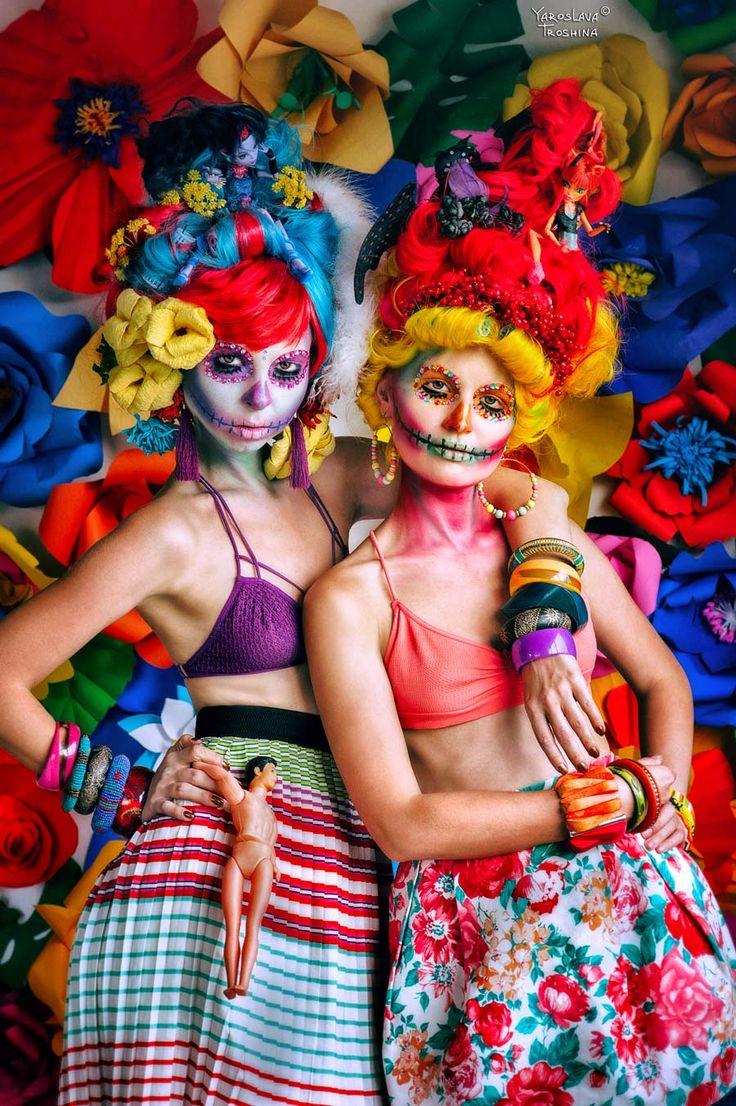 charming Muerto, skeleton, voodoo 26.07.2015.Bangkok, Thailand Photographer Yaroslava Troshina  Yara jaoscha make up Jane Kurenkova, model ..Elena Lenn and Masha E. Polikarp many thanks for the great help in creating scenery and wigs Katya Anokhina My charming skeletons Muerto))#skeletons #charming #funny #Mexico #muertos #Halloween #makeup #janemodeling #model #mashutsa1 #elenalenn #Voodoo #photographer #pictures #photo #yara #yarajaroscha #jaroscha35 #color #flowers
