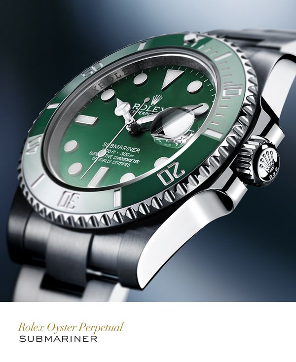 Rolex Submariner 40 mm in 904L steel with a rotatable graduated green ceramic bezel, green dial and Oyster bracelet. #Submariner #Exploration #RolexOfficial
