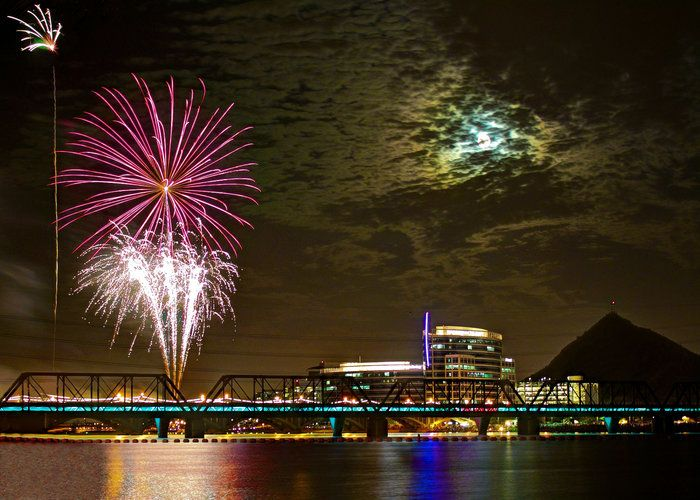 Tempe Town Lake 4th Of July Fireworks By Denise Young On Capture My Arizona