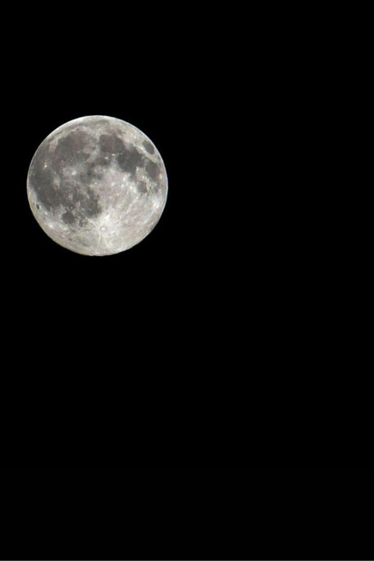 """""""Księżyc na czystym niebie"""". Pełnia na zdjęciach Reporterów 24. http://kontakt24.tvn24.pl/najnowsze/ksiezyc-na-czystym-niebie-pelnia-na-zdjeciach-reporterow-24,172955.html"""