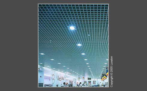 metalen rooster plafond semi-transparant