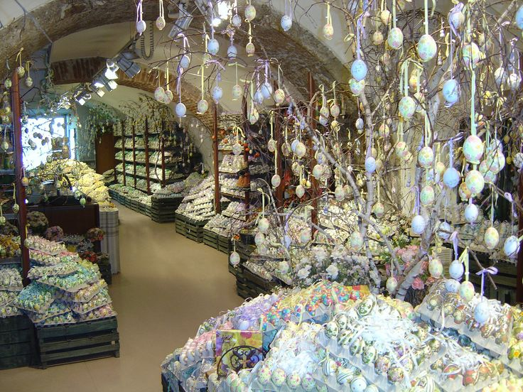Salzburg - Easter Egg Store | Flickr - Photo Sharing!