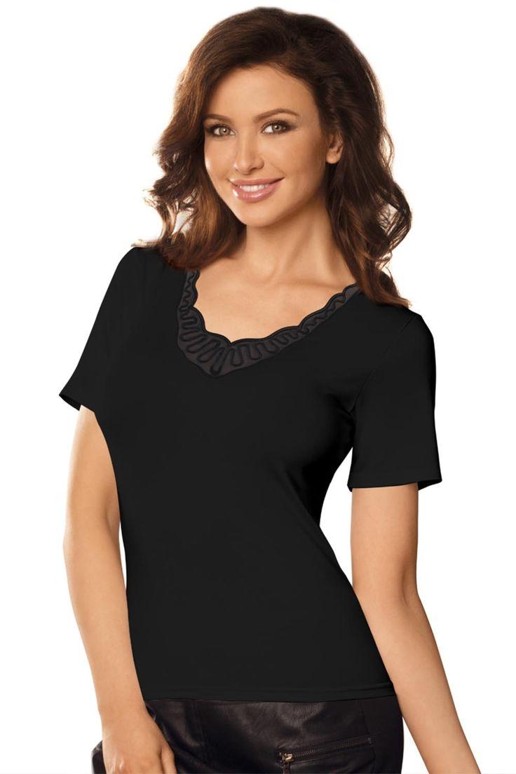 http://galeriaeuropa.eu/topy/600130680-bluzka-model-edit-black
