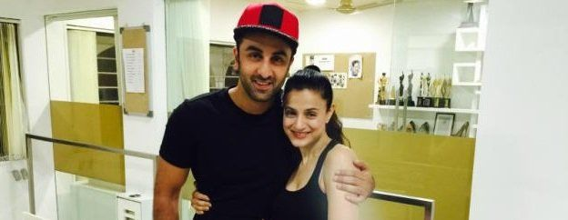 Whats cooking between Ranbir Kapoor and Ameesha Patel? We know its a little too late to discuss about this picture of Ranbir Kapoor and Ameesha Patel striking a pose at Randhir Kapoors 70th birthday bash this year. However, we just couldnt help but go back and revisit that nights pictures. Now we bet that many...