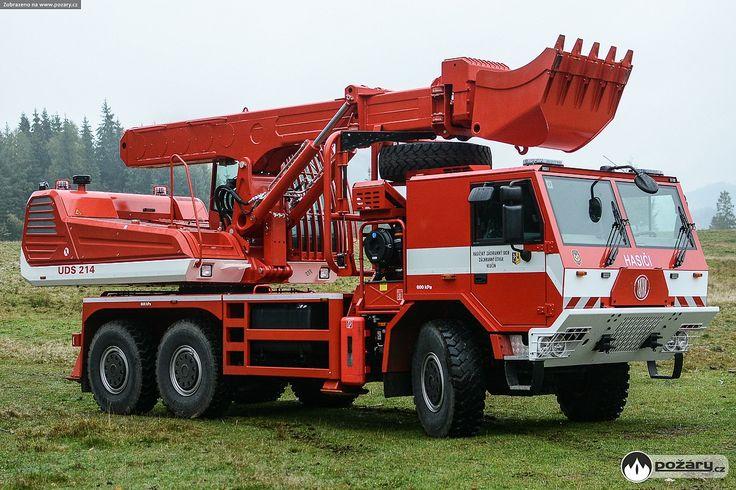 Tatra T815–721R32/415 6×6.1 UDS 214.41