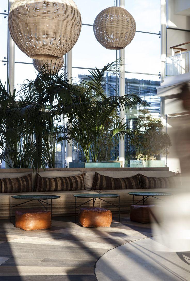 19 best oficinas desigual en barcelona images on pinterest for Desigual oficinas barcelona