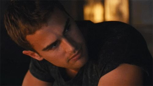 10 Reasons Why Four from 'Divergent' Is America's New Fantasy Boyfriend | Yahoo Movies - Yahoo Movies