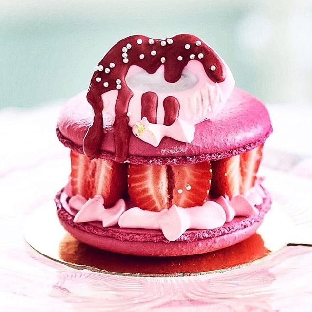 Strawberry Macaron Sandwich inspired by @kyliecosmetics lip drop