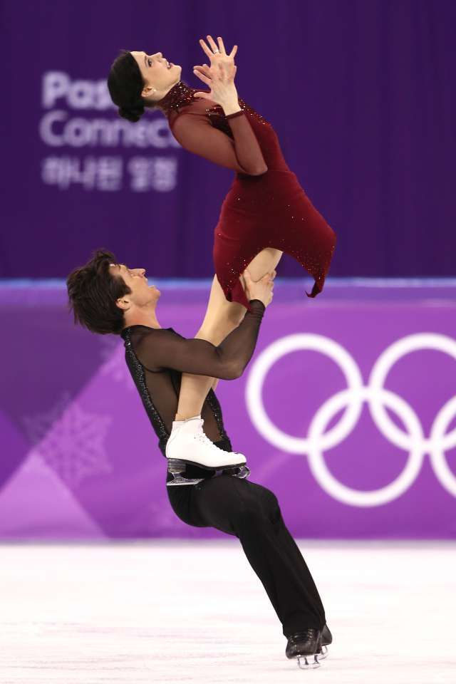 Canadian ice dancers Tessa Virtue and Scott Moir had the crowd on their feet, some observers in tears and will have the gold medal as a memento