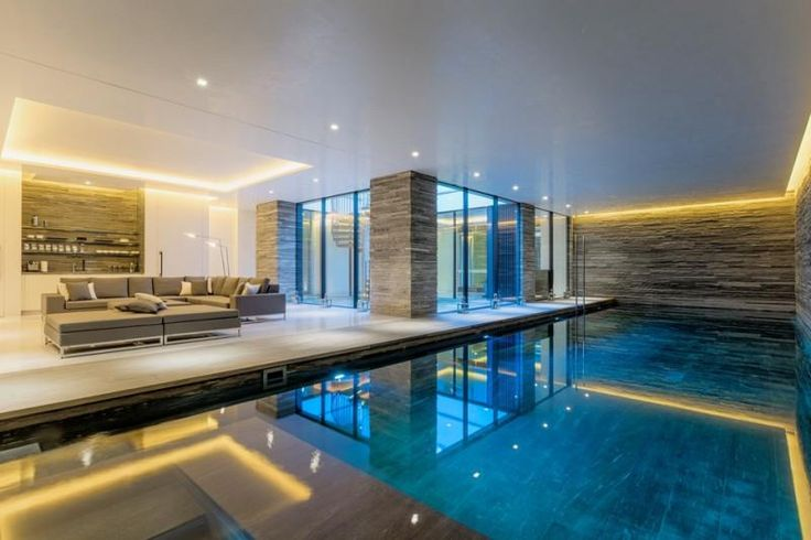 your EXCLUSIVE MOVE LONDON Wildwood Road exceptional newly built home of 15,400 square feet http://owl.li/Lv0Ro