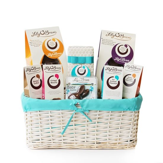 Easter Gift Basket, 1306g - Free Delivery (IRL & UK)