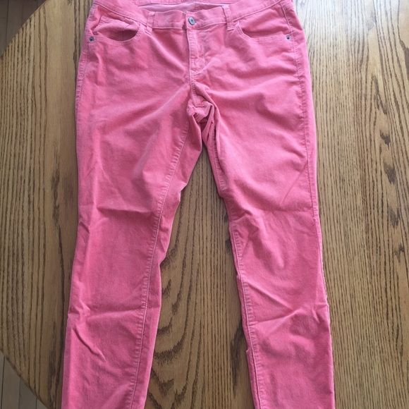 Old Navy pants Old Navy Pants. Size 16. Like New condition. Pinkish salmon colored. Material feels like a corduroy. Old Navy Pants