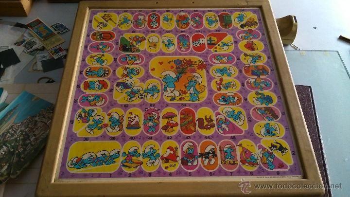 Tablero del juego de La Oca de los Pitufos. De 1983