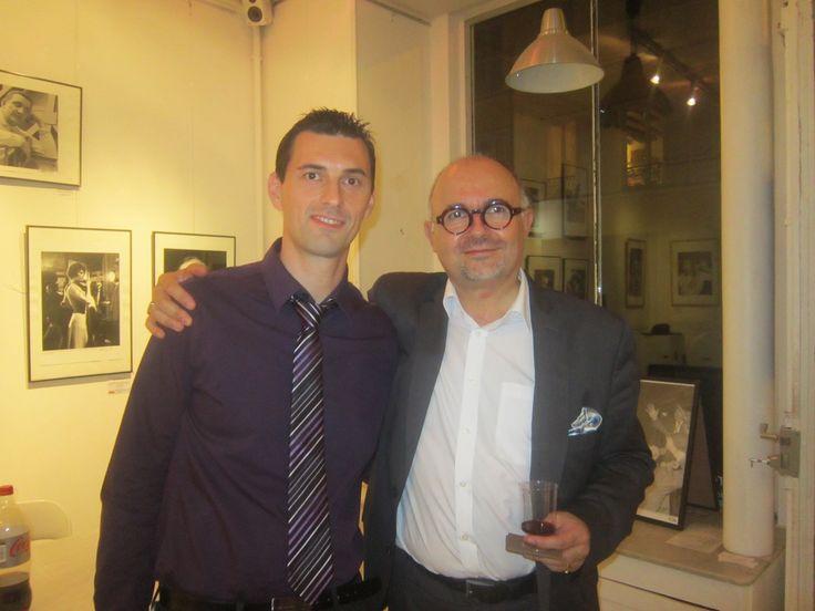Stéphane Grare, l'auteur du livre « L'Aube De Ma Jeunesse » avec Bruno, le directeur des Editions Abordables