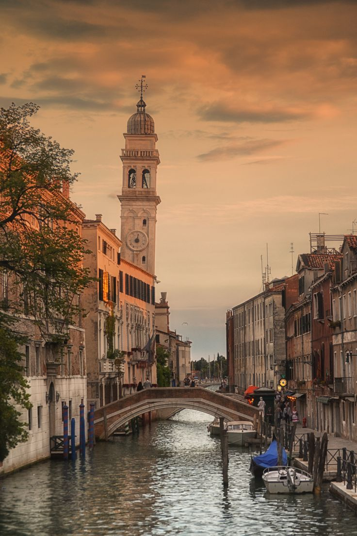 Sunset in Venice- Ponte San Giorgio dei Greci.