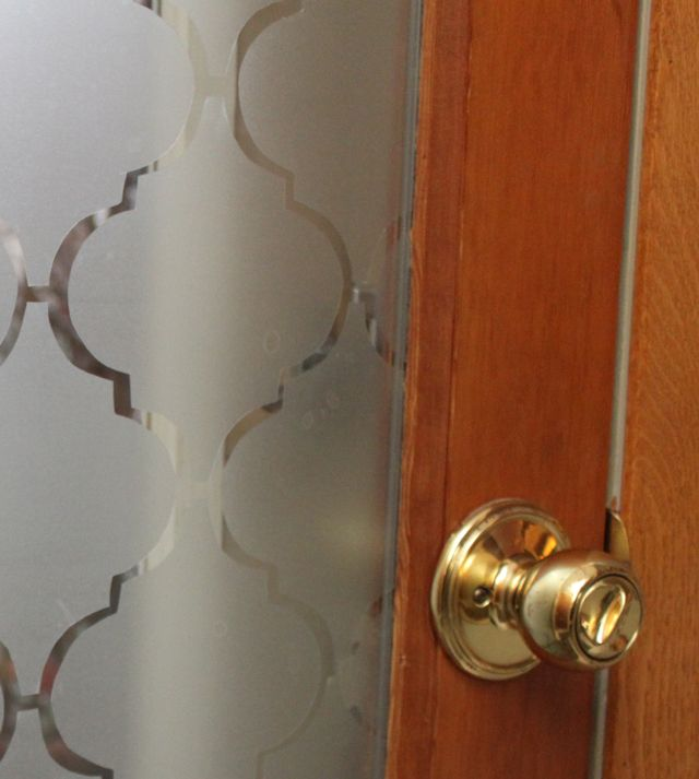 Weekend DIY: Add Privacy to your Front Door | Willard and May Outdoor Living Blog.  We did it and love it!