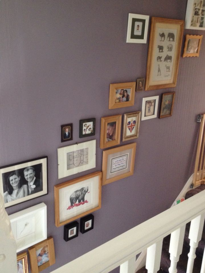 Picture wall, stairway, mauve, Farrow and Ball, Brassica