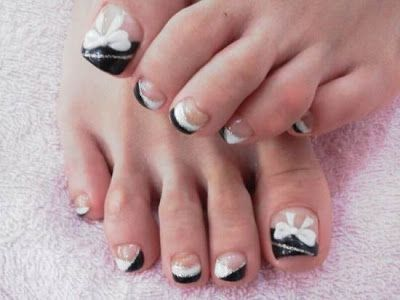 Top 10 Toe Nail Art for Christmas